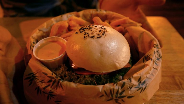 Baogo - Justine aux pommes
